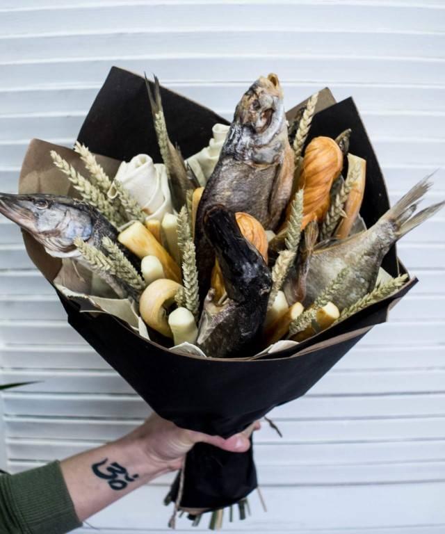Как сделать букет из рыбы и пива своими руками
