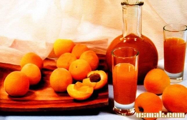 Готовим абрикосовый ликер и коктейли на его основе