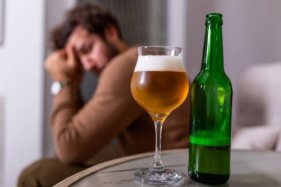 Особенности лечения алкоголизма: сколько нельзя пить перед кодировкой и почему