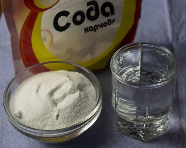Очищение самогона содой в домашних условиях: простые рецепты