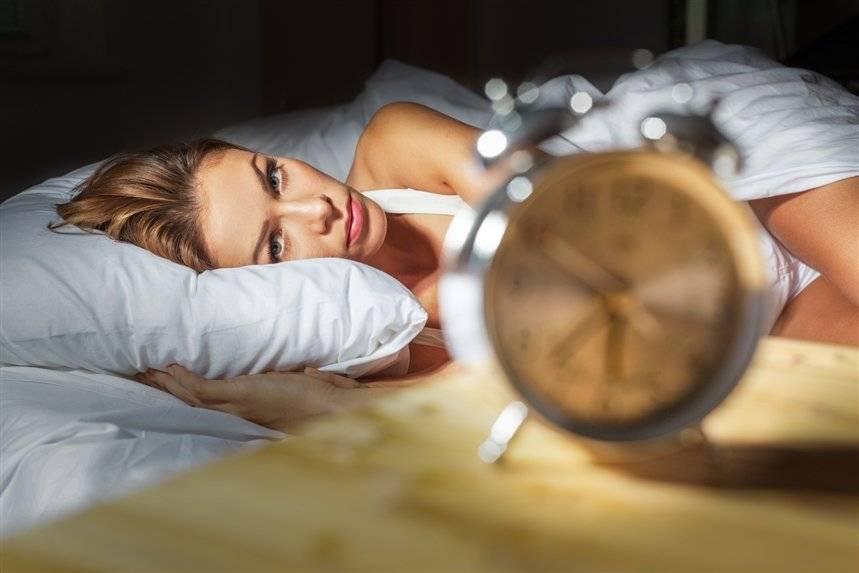 Не могу уснуть с похмелья: кошмары, что делать, чтобы быстро заснуть после пьянки