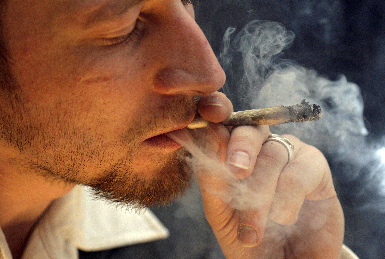 Как бросить курить марихуану: рекомендации специалистов