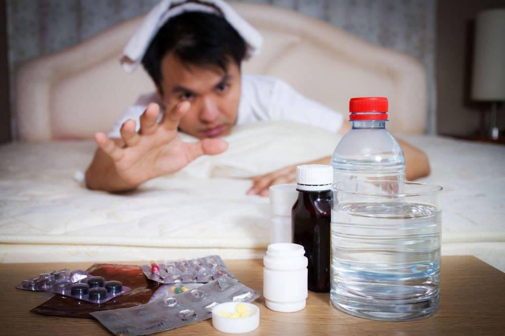 Выведение из запоя в домашних условиях народными средствами: эффективность, противопоказания