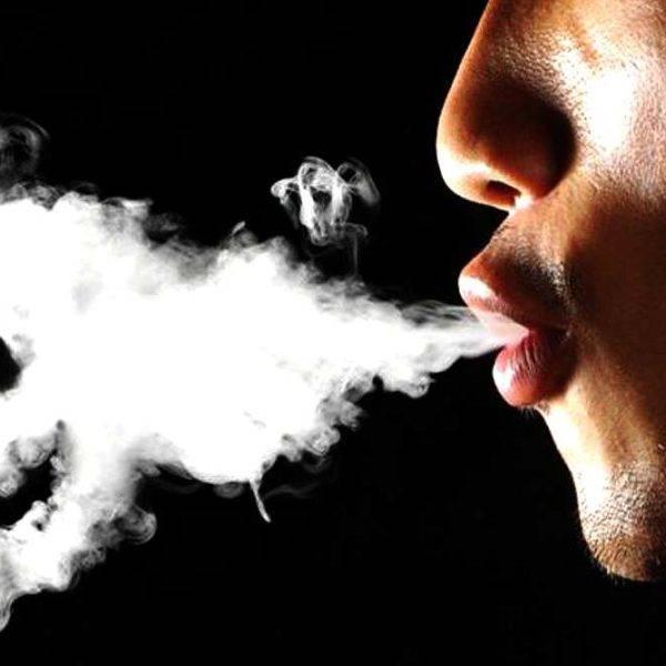 Вейп плюется: 5 причин попадания горячей вейп жидкости на язык