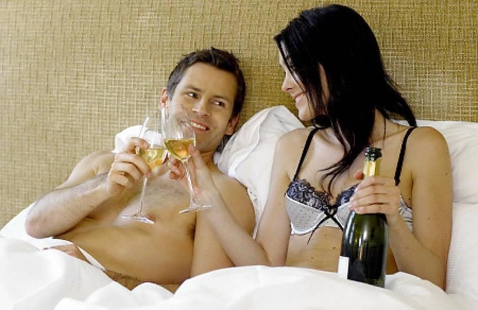 Можно ли пить алкоголь во время приема противозачаточных средств