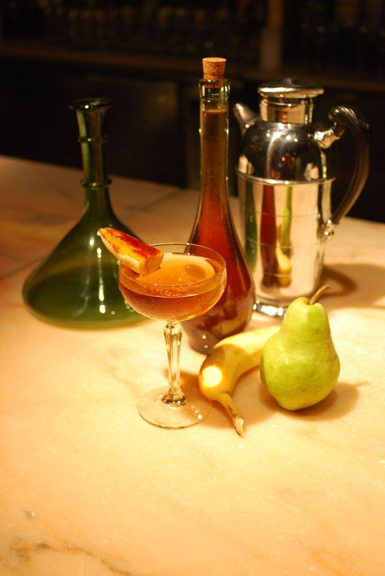 Коктейли с коньяком в домашних условиях: как называются, пропорции для простых рецептов на его основе с колой, шампанским, мартини и другими алкогольными напитками | mosspravki.ru