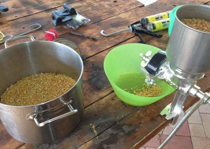 Самогон из кукурузы: как приготовить в домашних условиях
