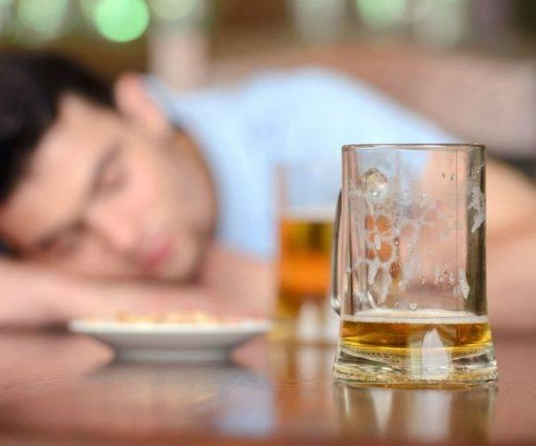 Изжога после алкоголя — причины и методы лечения изжоги после употребления спиртных напитков, препараты и рецепты