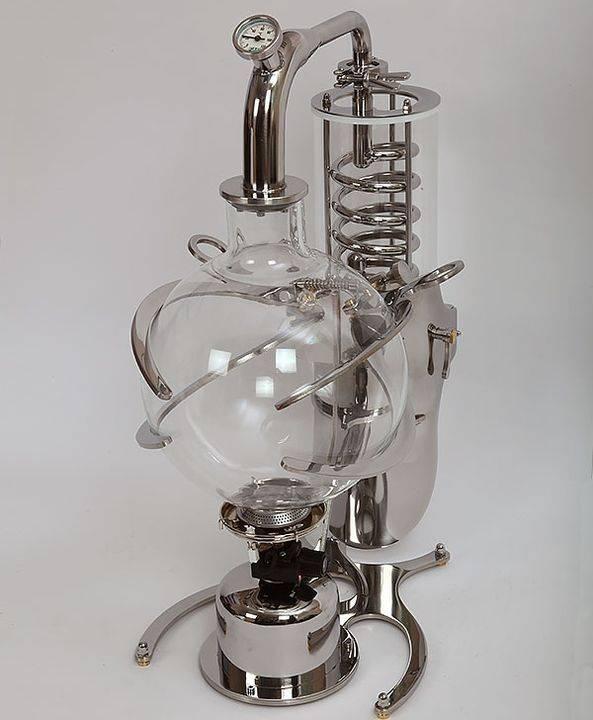 Стеклянный самогонный аппарат: отличительные особенности