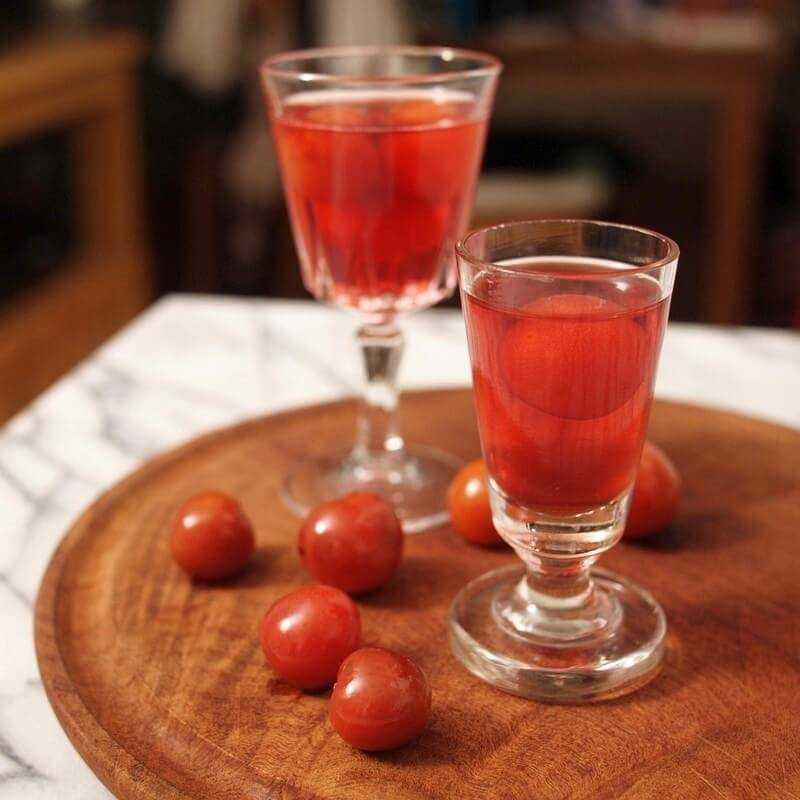 Как приготовить вишневую наливку в домашних условиях