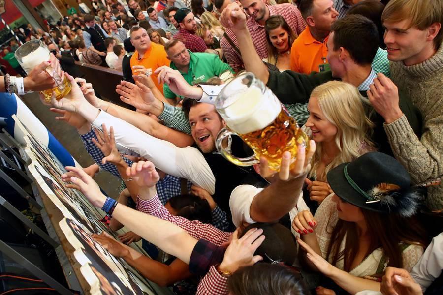 Когда и как проходит праздник пива в германии?