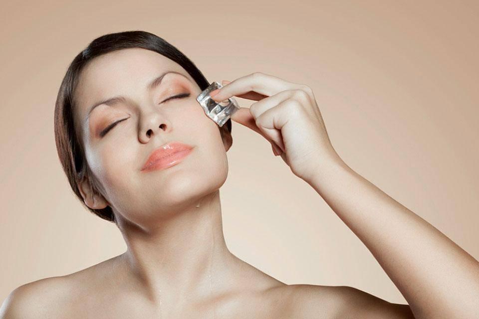 Как быстро снять отек с лица утром - полезные советы и отзывы женщин