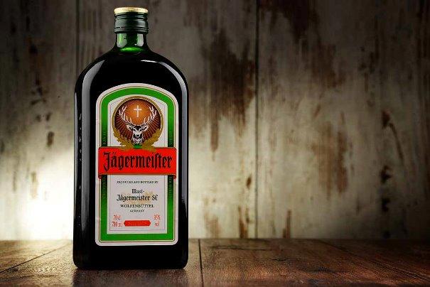 Егермейстер:  история, как пить и подать, популярные коктейли