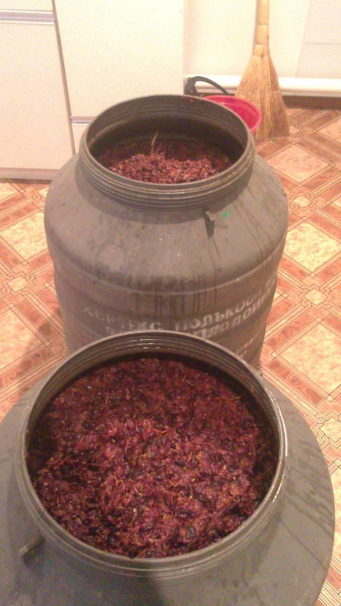 Рецепты приготовления чачи из винограда, мандаринов, гранатов.