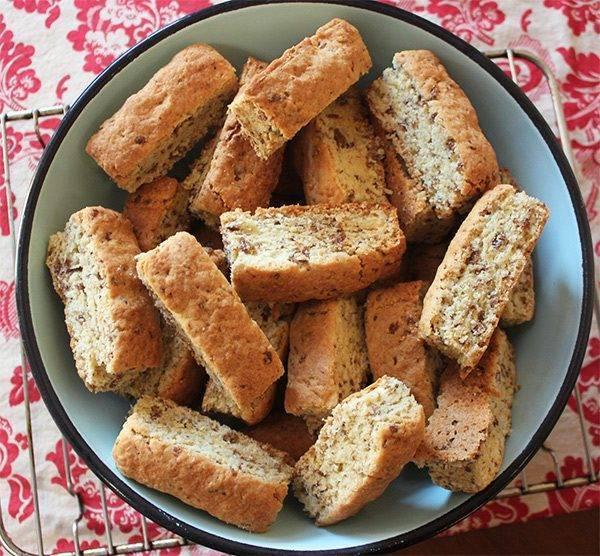 Рецепт сухарики из хлеба в духовке рецепт - тут вкусно