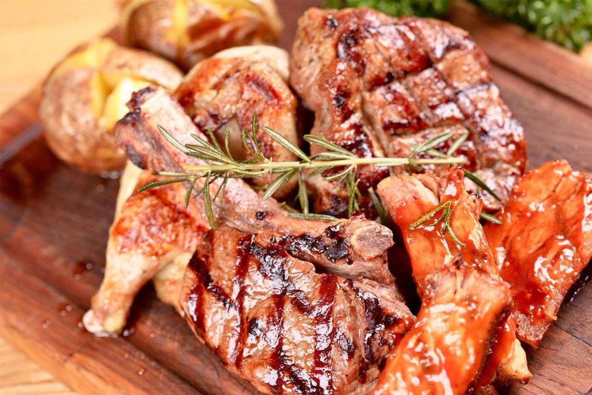 Шашлык из свинины с самым вкусным маринадом, чтобы мясо было мягким и сочным