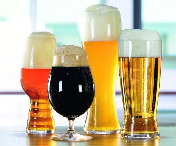 Как выбрать пивной бокал: особенности различных форм, виды стаканов