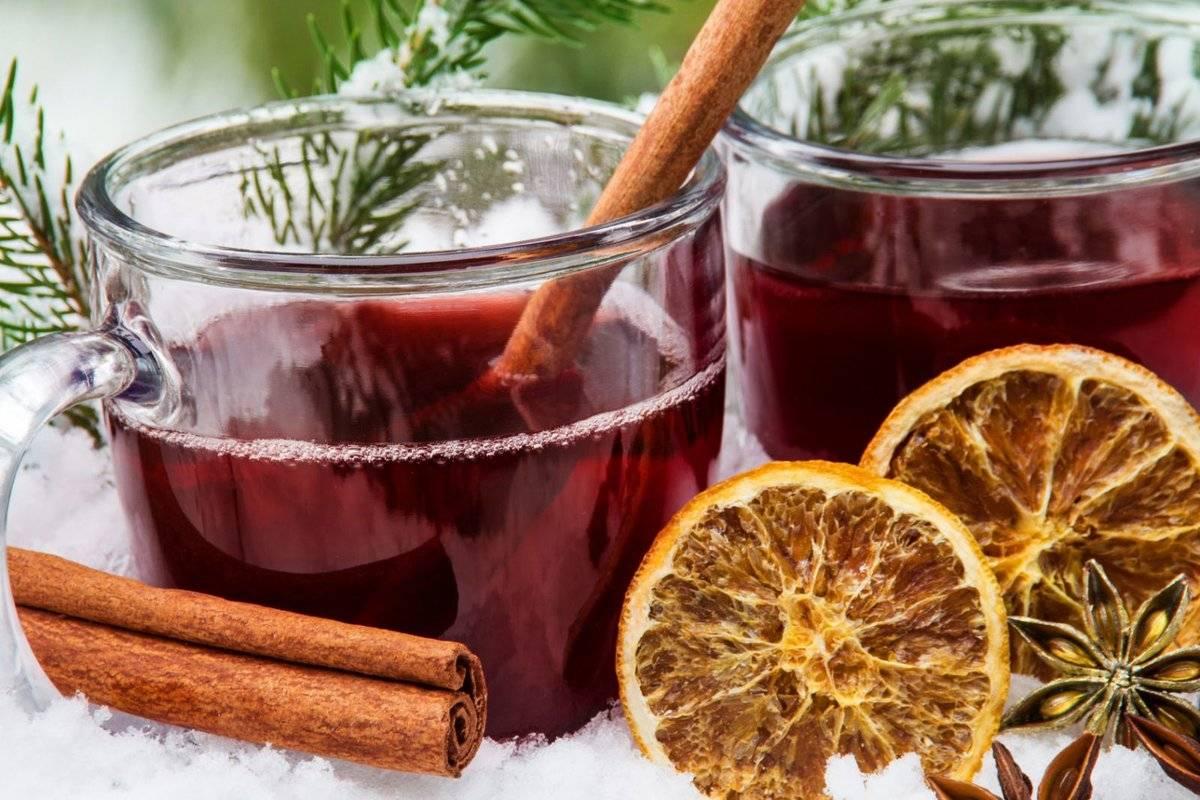Рецепты глинтвейна: горячее вино при простуде и от кашля