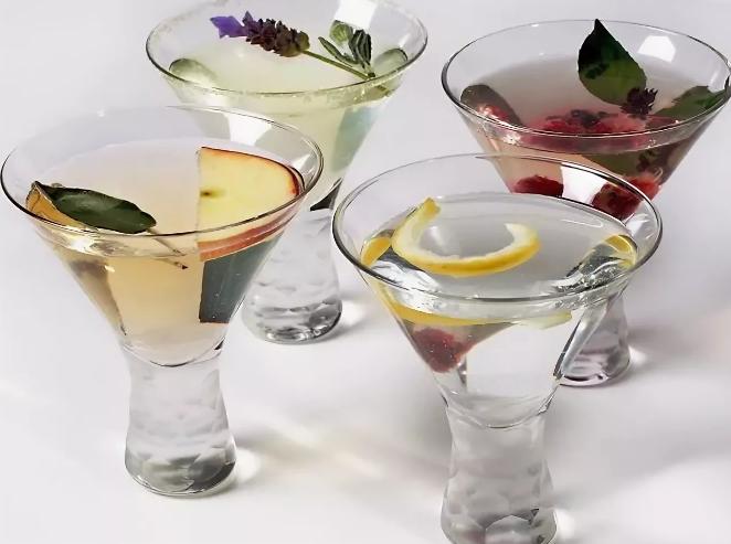 Как правильно пить ликер