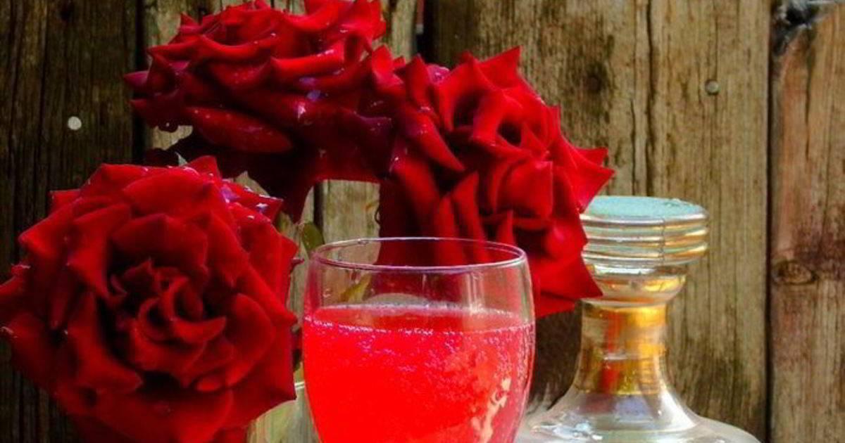 Вино из лепестков роз в домашних условиях
