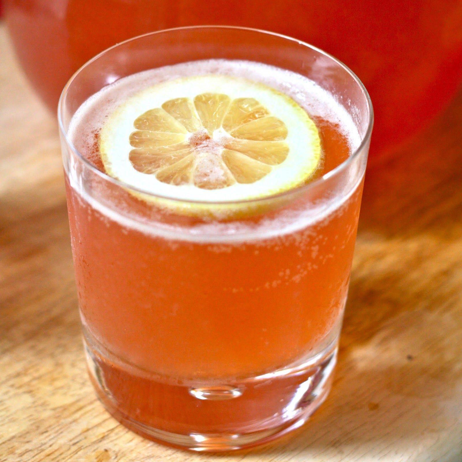 Виски с соком: с каким лучше пить, а также пропорции и обзор вишневых, апельсиновых, томатных, гранатовых коктейлей, а также название яблочного из песни группы st1m
