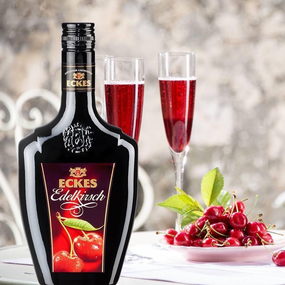 С чем пьют вишневый ликер?