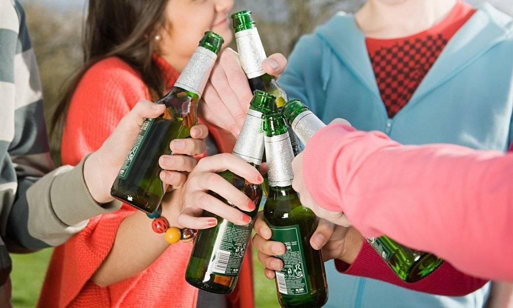 Подростковый алкоголизм: недетские проблемы детей