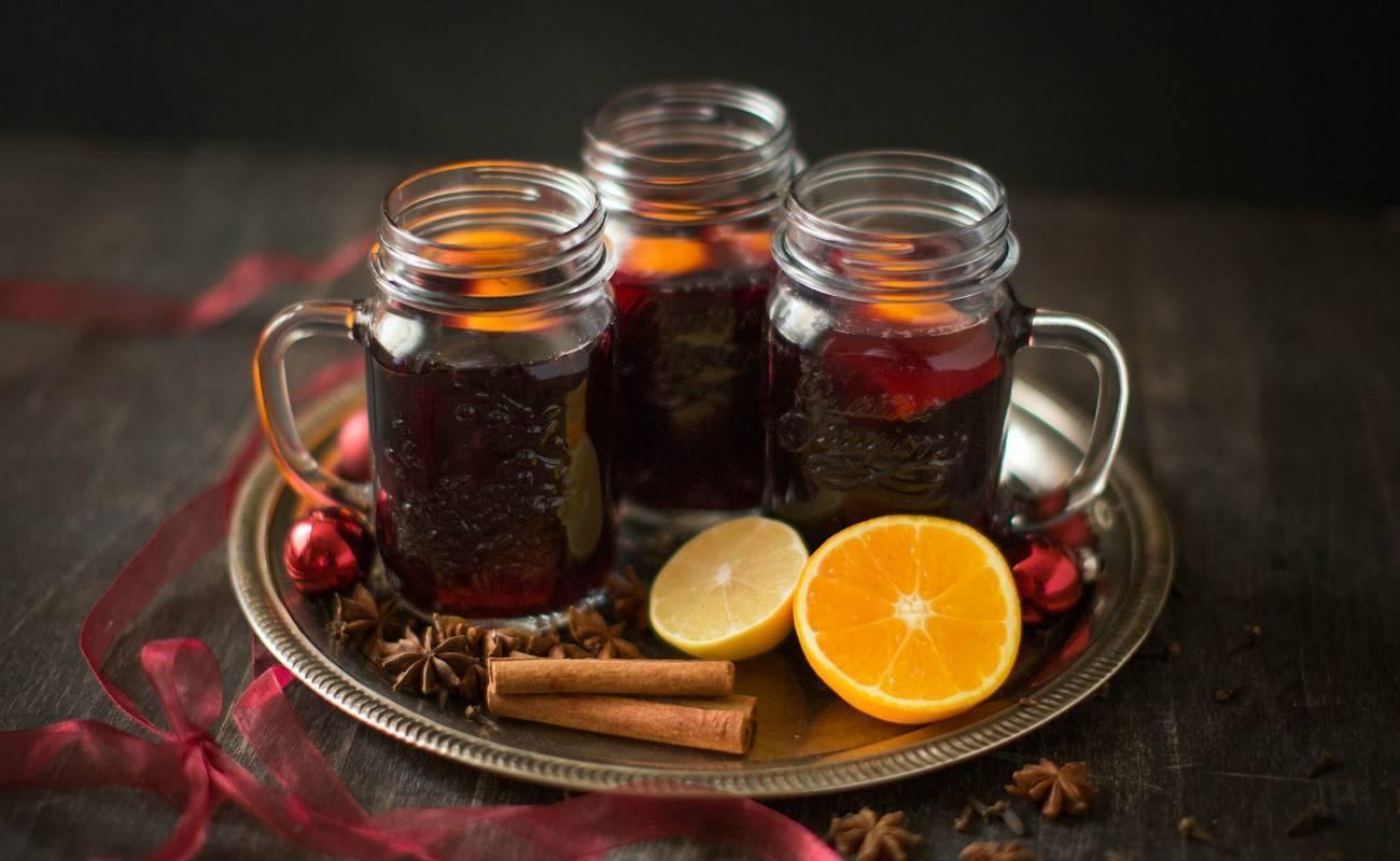 Горячее вино от простуды: как приготовить, рецепт, польза и вред