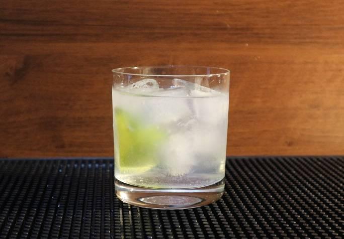 Коктейль джин-тоник в домашних условиях