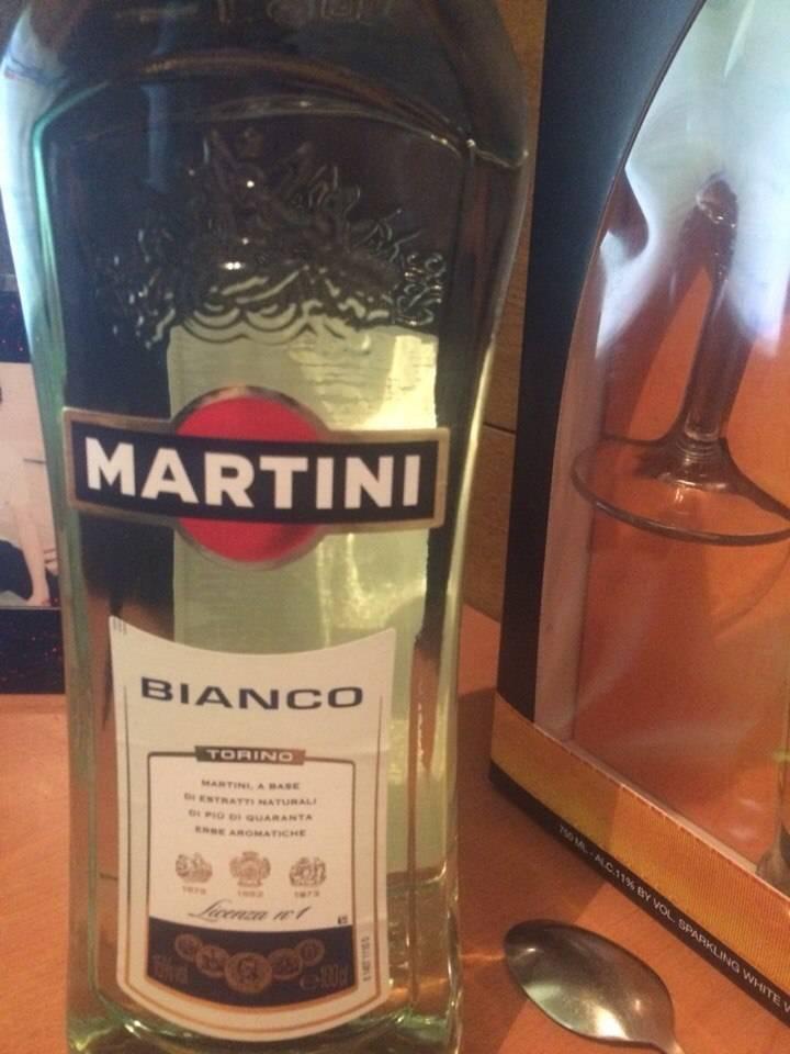 Как приготовить коктейли с ромом, мартини и мандаринами. рецепты коктейлей в домашних условиях