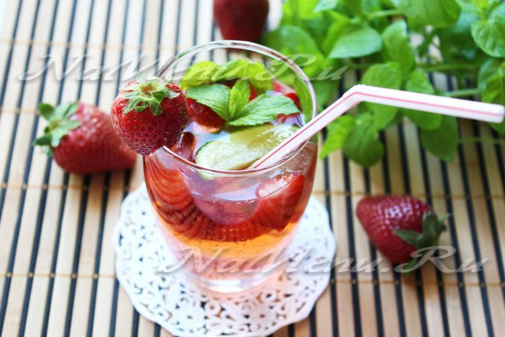 Как сделать безалкогольный коктейль мохито клубничный