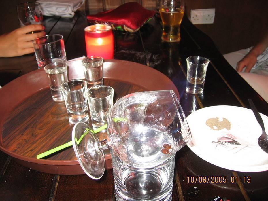 Не будь профаном: как правильно пить самбуку