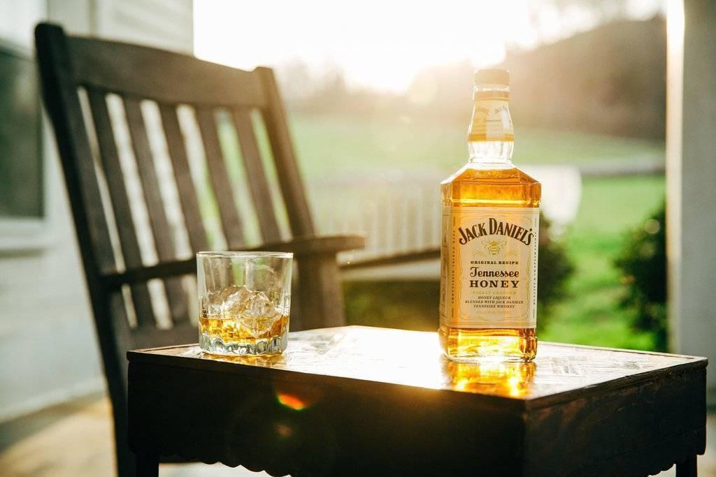 Восемь самых «мужских» алкогольных коктейлей. самое интересное о медовом виски