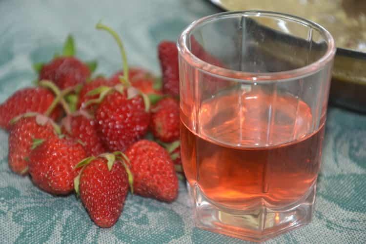 Тонкости приготовления клубничного вина. вино из клубники в домашних условиях – рецепт простой на все времена - недуга нет