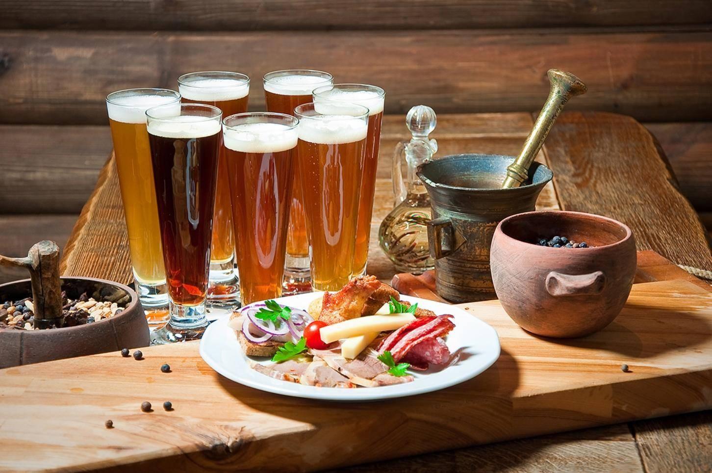 С чем пить пиво: правила смешивания с другим алкоголем, какие вкусные закуски есть, можно ли употреблять с шампанским и водкой, советы на видео | suhoy.guru