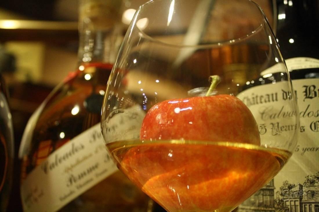 Кальвадос в домашних условиях из яблок рецепты: классический рецепт, упрощенный рецепт кальвадоса из водки, самогона