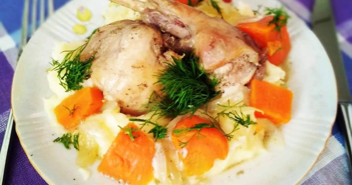 Кролик тушеный в вине с черносливом – кулинарный рецепт