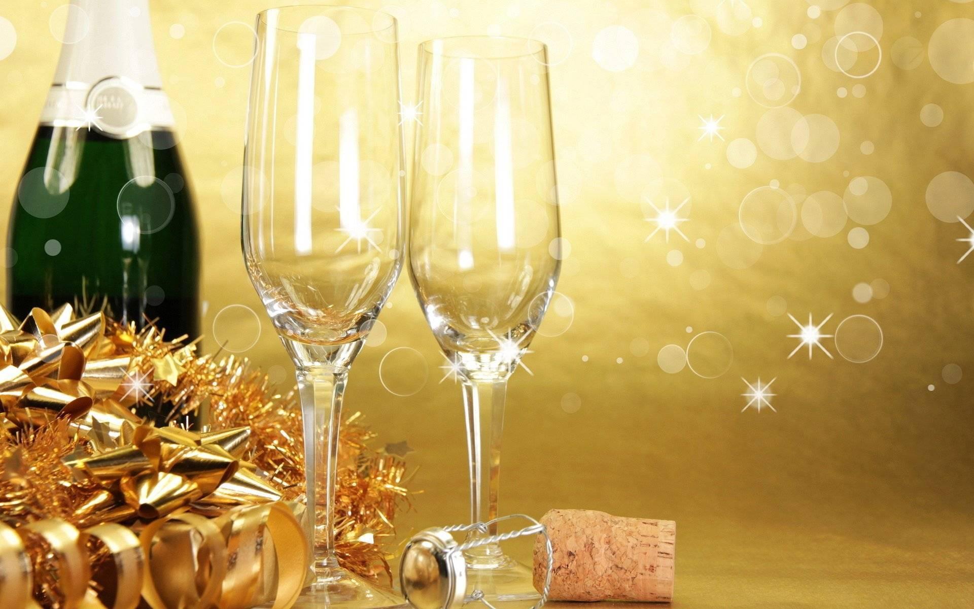Не трогай, это на новый год: как выбрать алкоголь к застолью и пережить 1 января