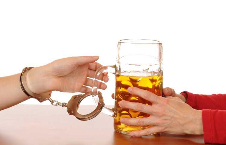 Алкогольная зависимость - это... симптомы, стадии алкоголизма, методы лечения, отзывы