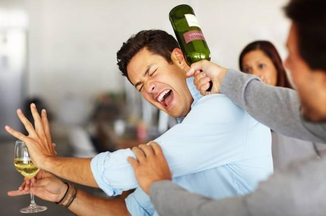 Когда выпью становлюсь агрессивным что делать. агрессия при алкогольном опьянении: причины внезапных приступов