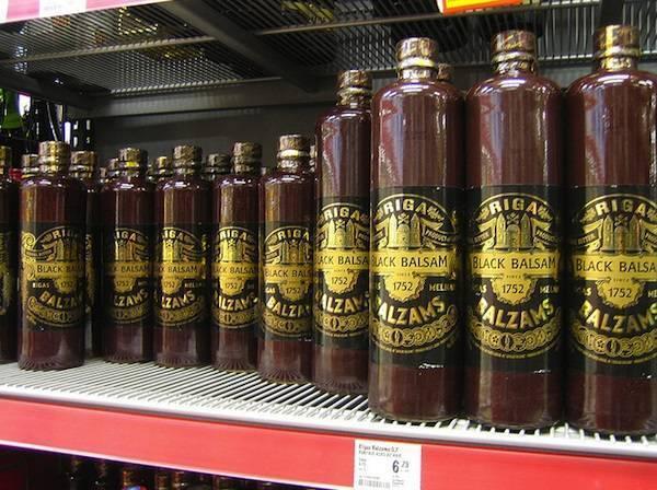 Как пить бальзамы (рижский, биттера, уникум и другие)