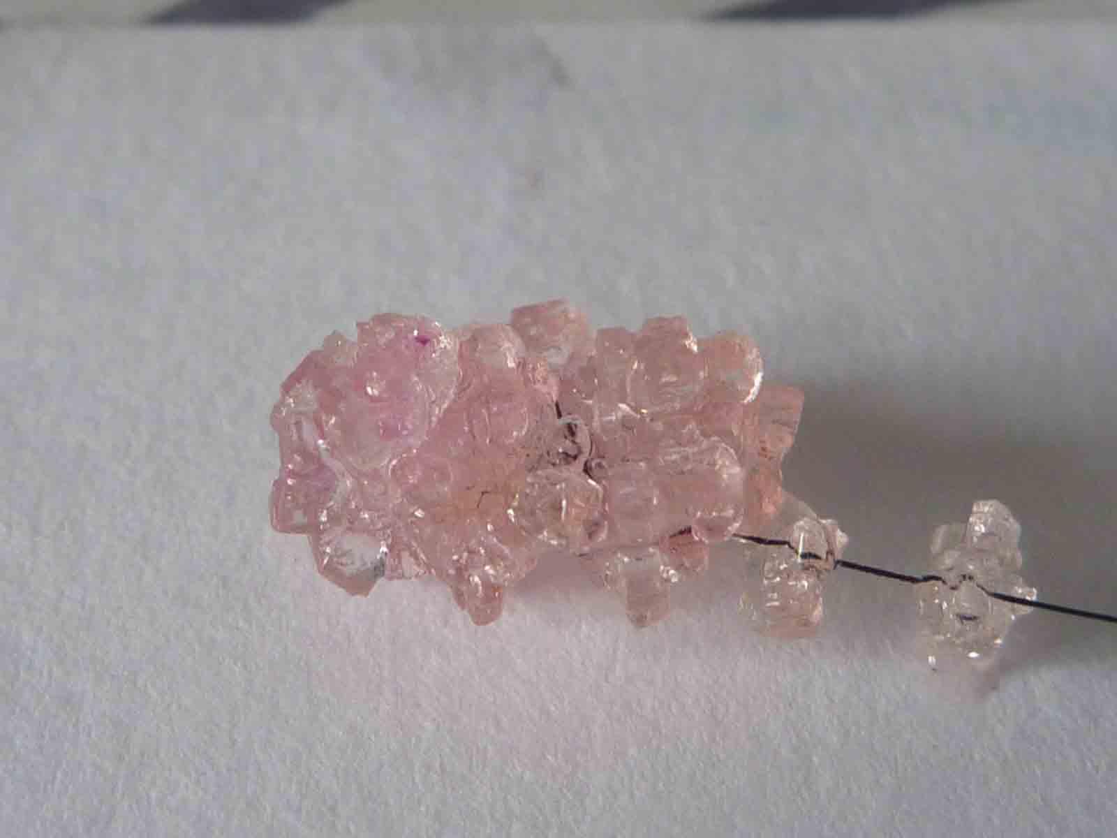 Кристаллы из соли — выращивание крупных и разноцветных красивых декоративных кристаллов (110 фото). как сделать кристалы - wikihow