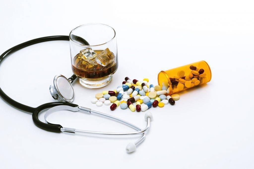 Обзор основных лекарств в лечении запоя