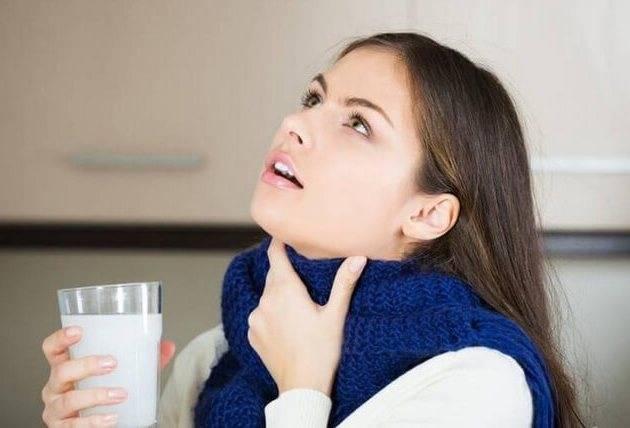Полоскать горло водкой при ангине отзывы. можно ли при ангине проводить полоскание горла водкой