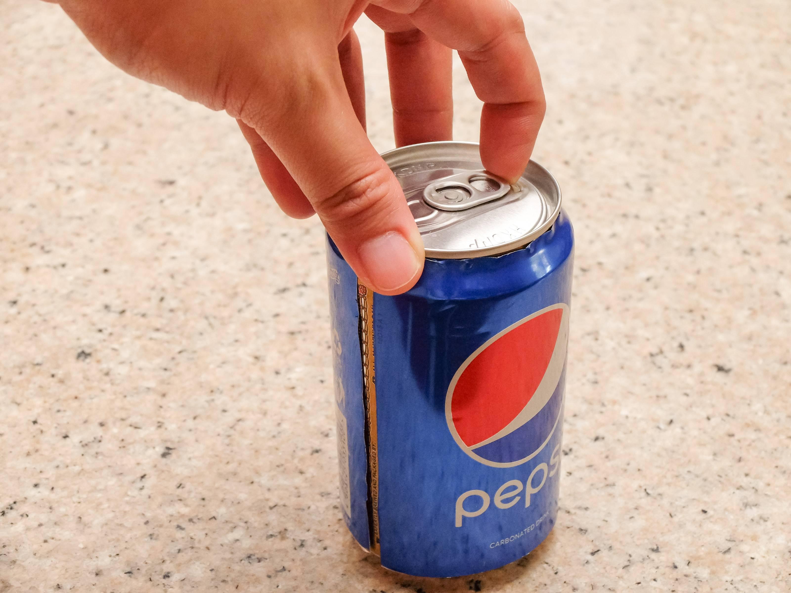 20 способов открыть бутылку