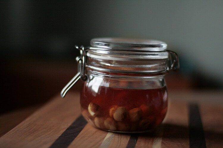 Рецепт приготовления домашнего ликера из грецких орехов