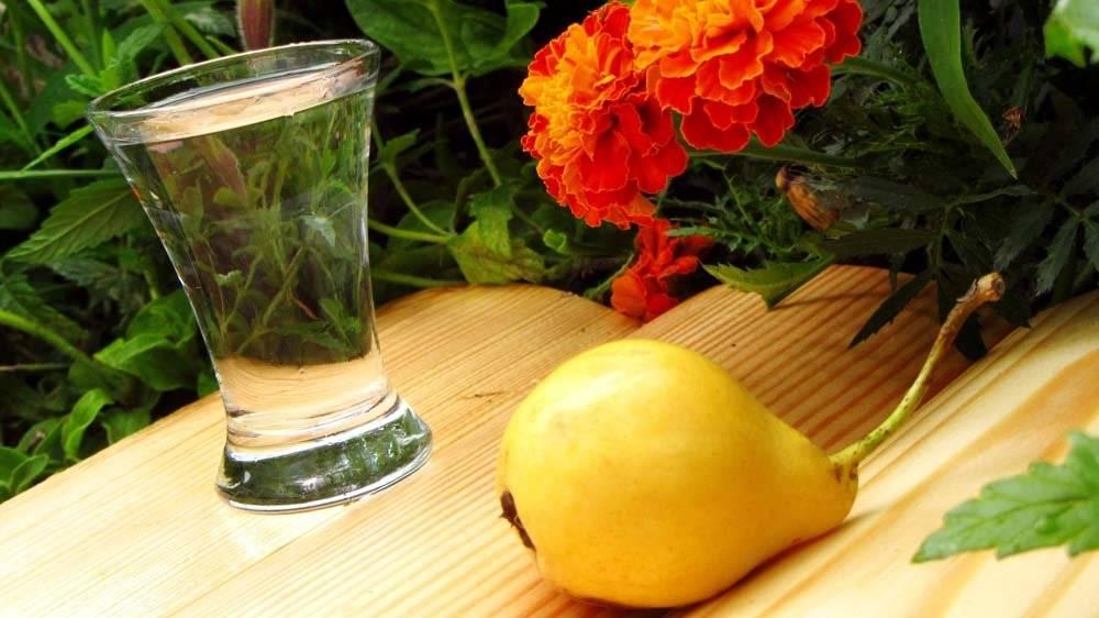 Рецепт приготовления самогона из груш в домашних условиях