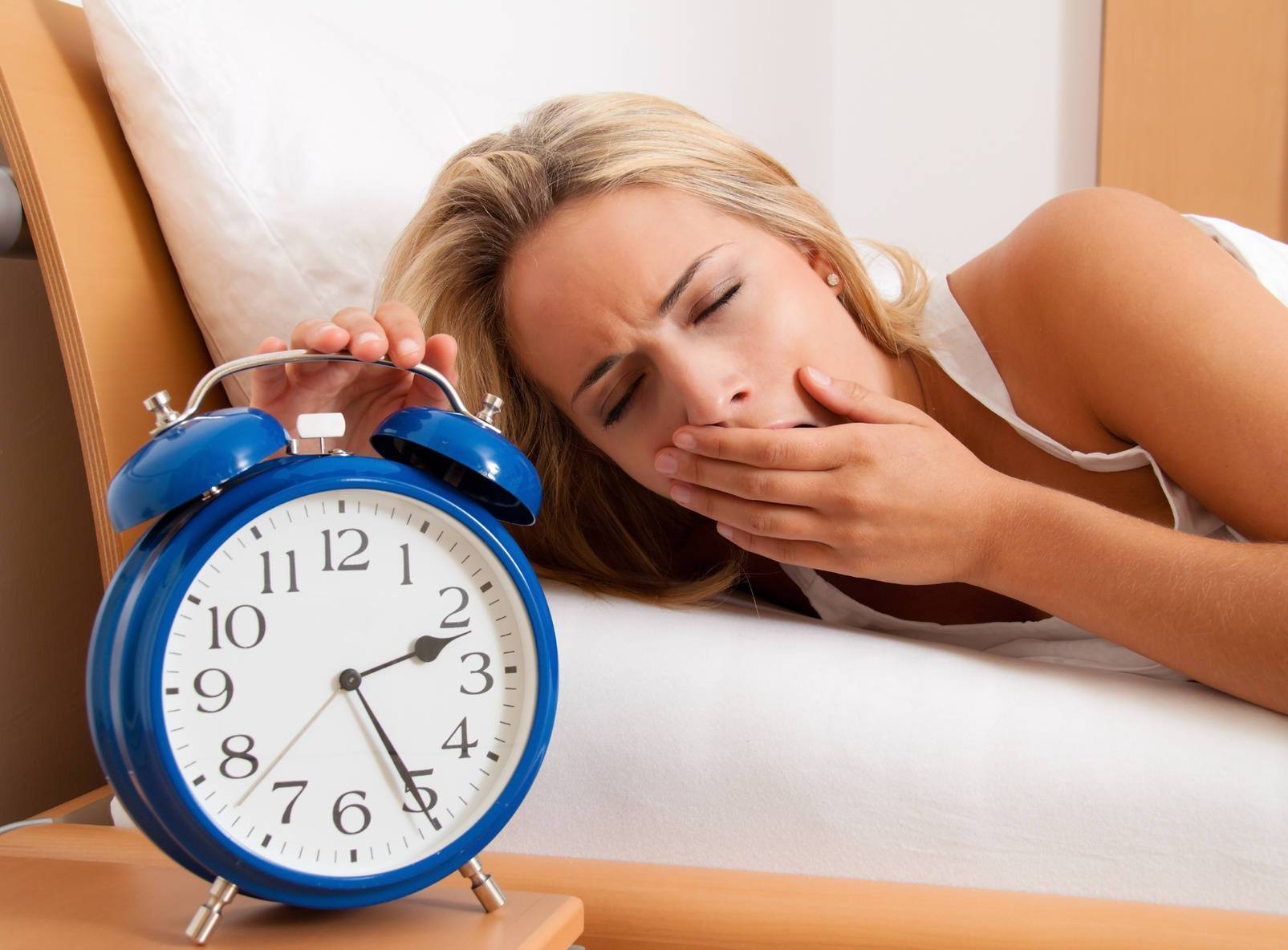 Бессонница после запоя: причины нарушения сна и решение