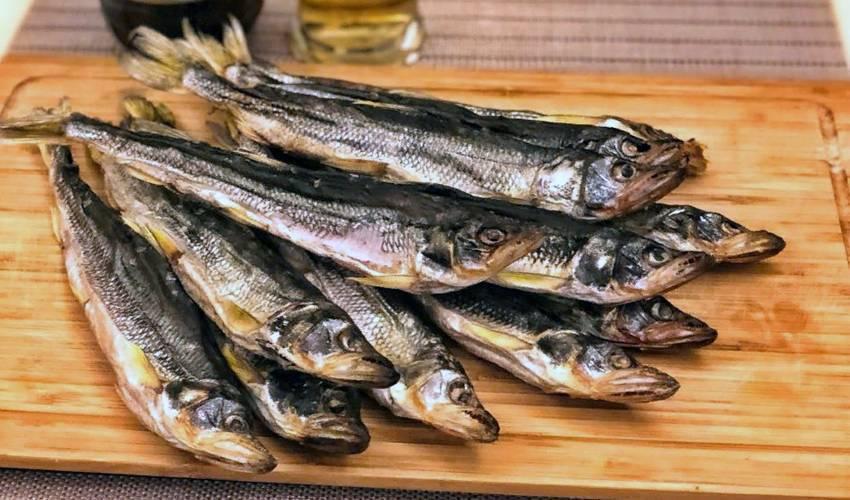 Cушеная рыба к пиву по простому пошаговому рецепту с фото