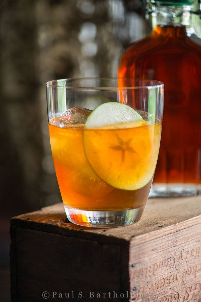 Кальвадос: что это такое, как пить и чем закусывать